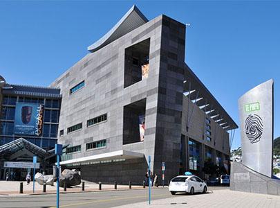 موزه ملی نیوزیلند مجهز به سیسیتم جداساز سربی لاستیکی LRB