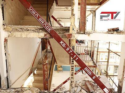 مقاوم سازی ساختمان مسکونی (۳) با مهاربند کمانش ناپذیر (BRB) تولید شرکت پویا تدبیر ویرا (ویرا بریس)
