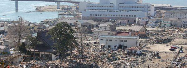 زلزله و سونامی بزرگ توهوکو در سال 2011