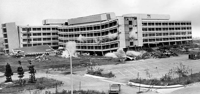 olive-view-hospital-after-the-1971-sylmar-earthquake